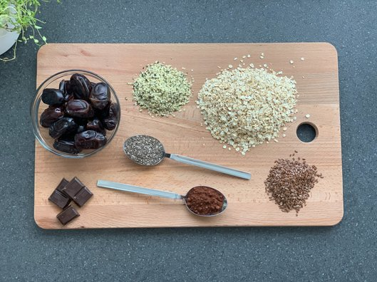 Ingredients for Omega-3 Trio Balls